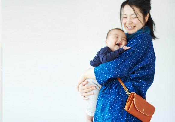 osaifu sholder mama 582x405 - コンパクト 本革財布を開発しました!