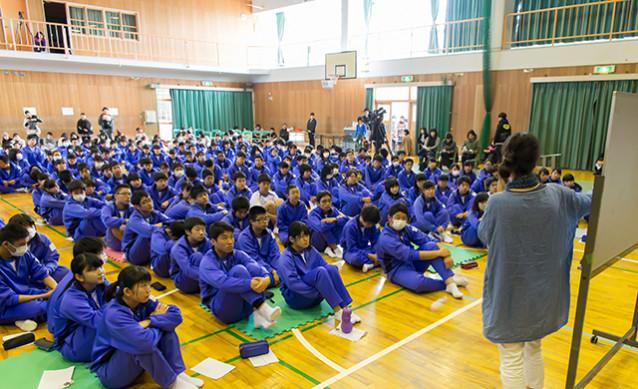 e03810c1a0ec82132f294542f323ab58 638x389 - 東大阪市立枚岡中学校3年生『いのちの授業』