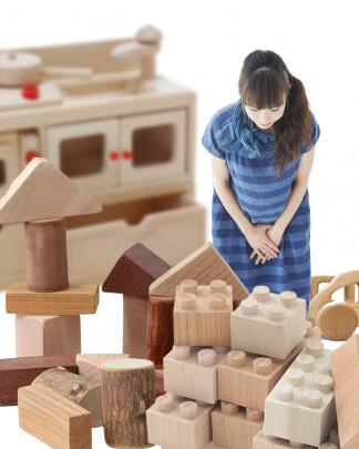 wood pls 324x405 - 木のおもちゃ譲ってください!