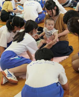 01 331x405 - 東大阪市立高井田中中学校 いのちの授業