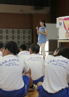 05 288x405 - 東大阪市立高井田中中学校 いのちの授業
