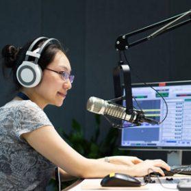 ラジオ沖縄『HELLO ベイビー』出演します