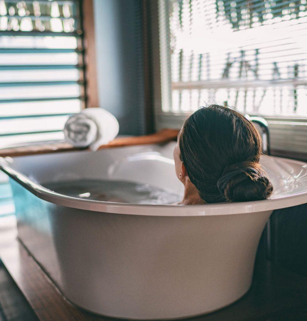 Y - 産後1ヶ月間、なんで湯船がダメか知ってる?