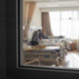 子どもの入院。親の付き添いは必要か?